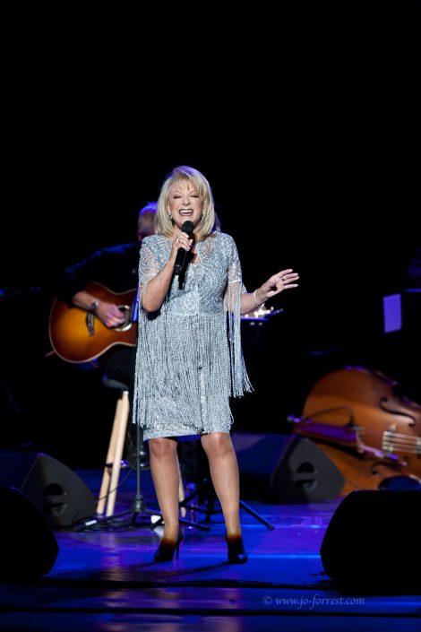 Singer, Liverpool, concert,  Music