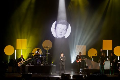 Rick Astley, Liverpool, Performance, Empire Theatre