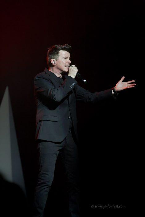Rick Astley, Liverpool, Performance, Empire Theatre