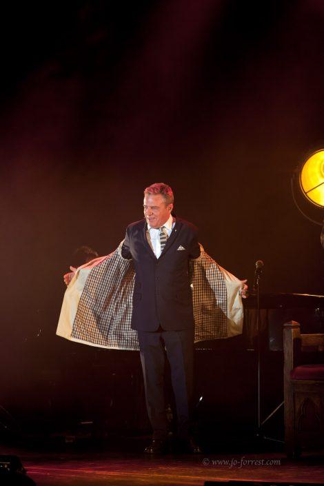 Suggs, What a King Cnut, theatre, Jo Forrest, New Brighton, Madness
