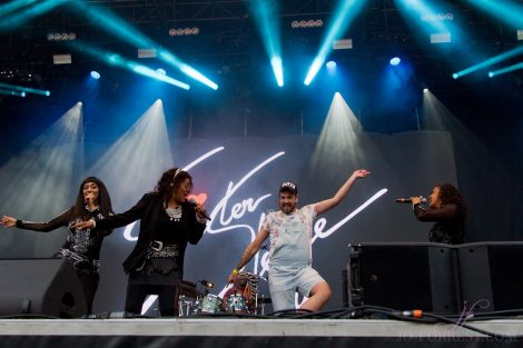 Sister Sledge, Scarborough, Open Air Theatre, Review, Jo Forrest, Music Photographer