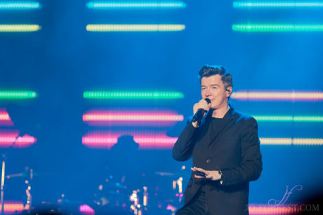 Rick Astley, Leeds, Jo Forrest, Review, First Direct Arena, Tour