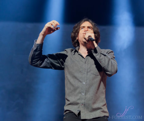 Snow Patrol, Leeds, First Direct Arena, Review, Jo Forrest,