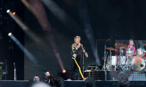 Rod Stewart, Music, Jo Forrest, Review, York Racecourse