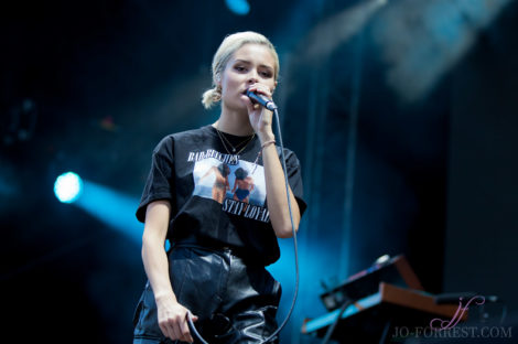 Nina Nesbitt, Music, Scarborough, Open Air Theatre, Jo Forrest, Review