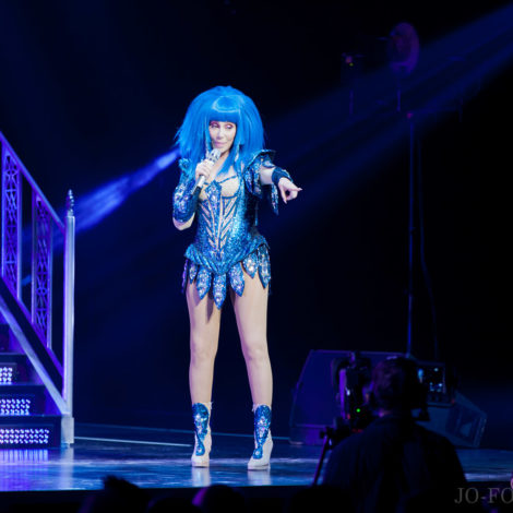 Cher, Leeds, First Direct Arena, Jo Forrest, Review, Music, Photography